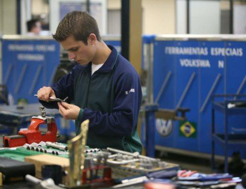 Curso técnico é visto como diferencial no mercado de trabalho