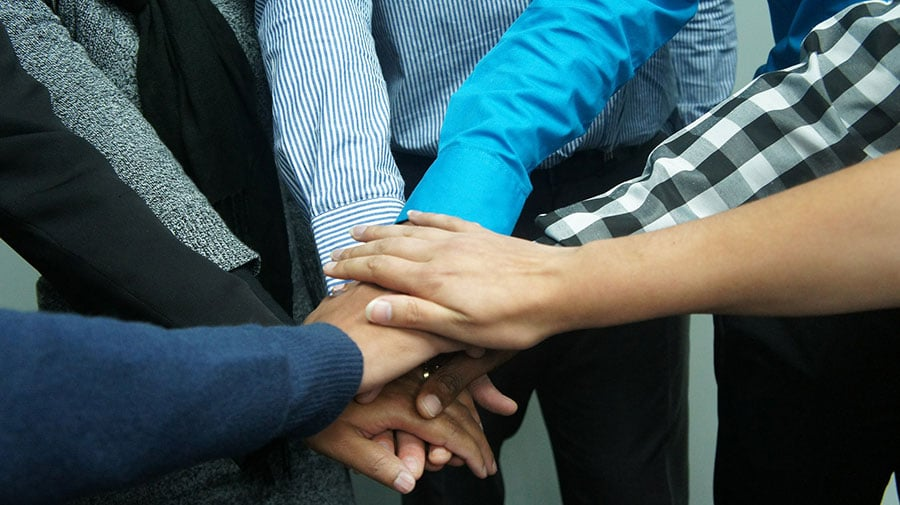Como manter um bom relacionamento com colegas de trabalho | Central Pronatec